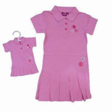 Girl's 100% cotton pique dress with short button placket, embroidery and hot drilling